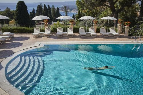 The swimming pool at or close to Grand Hotel Timeo, A Belmond Hotel, Taormina