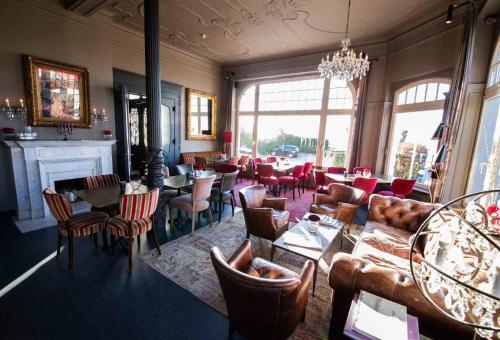 Restaurant ou autre lieu de restauration dans l'établissement Strandhotel Blankenese