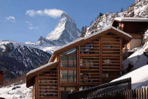 22 Summits Boutique Hotel during the winter