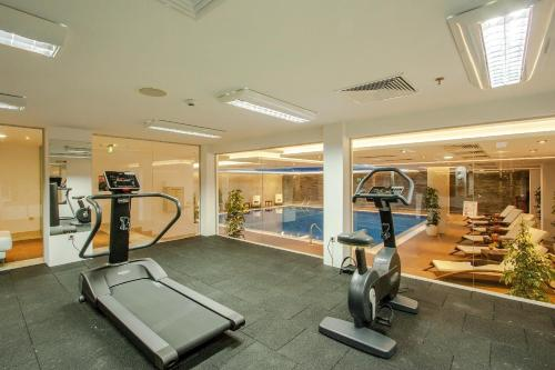 The fitness center and/or fitness facilities at International Hotel Casino & Tower Suites
