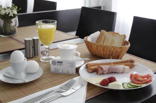 Завтрак для гостей Отель Силуэт