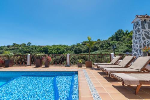 Het zwembad bij of vlak bij Finca Casas Nanitas