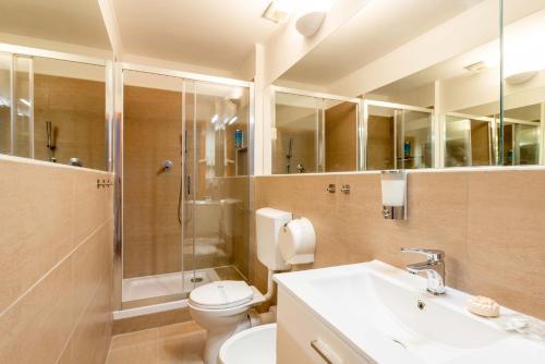 Kúpeľňa v ubytovaní TERMINI Smart ROOMS