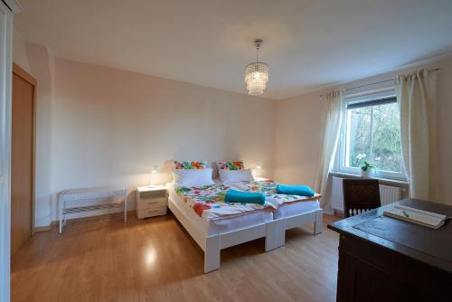 Ein Sitzbereich in der Unterkunft Ferienwohnung am Benther Berg