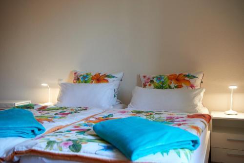 Ein Bett oder Betten in einem Zimmer der Unterkunft Ferienwohnung am Benther Berg