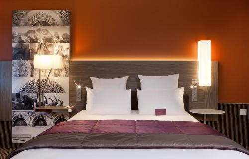 Un ou plusieurs lits dans un hébergement de l'établissement Mercure Chambéry Centre