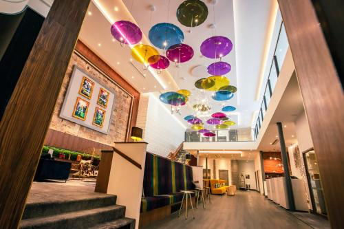 A restaurant or other place to eat at Sandman Signature Aberdeen Hotel & Spa