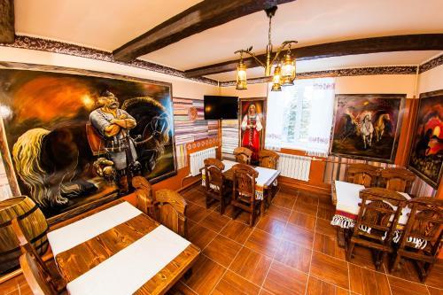 Ресторан / где поесть в Турбаза Лаго-Наки
