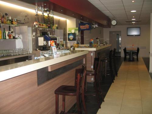 Salon ou bar de l'établissement Le Relais des Bergers