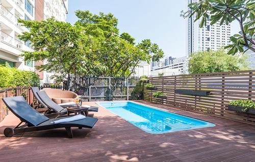 The swimming pool at or near Hi Residence, Bangkok