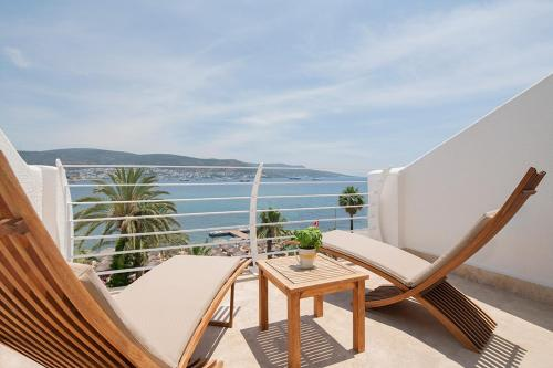A balcony or terrace at Voyage Bodrum Hotel - Adult Only +16