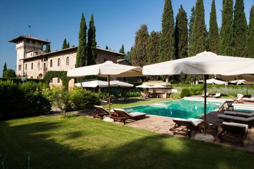 The swimming pool at or near Hotel La Collegiata