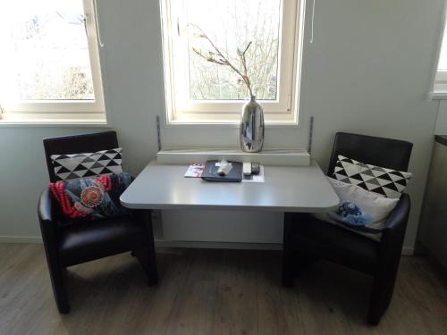 A seating area at B&B De Domburcht