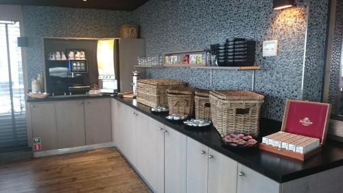 Een keuken of kitchenette bij Hotel Lands End
