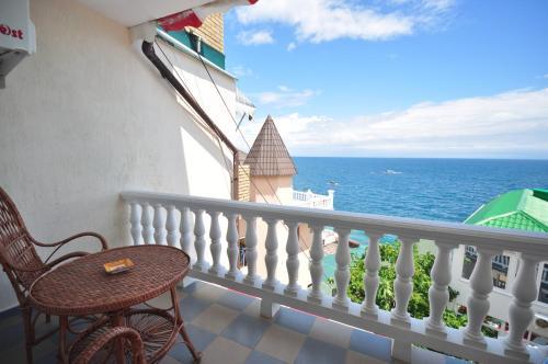 A balcony or terrace at Laguna Plus
