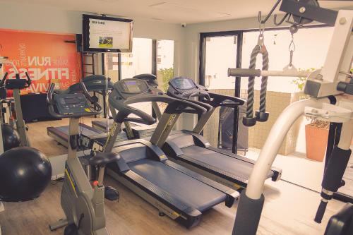 The fitness center and/or fitness facilities at Rio Hotel by Bourbon Curitiba Batel