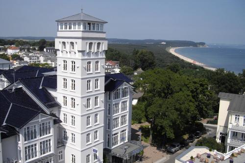 Blick auf Vju Hotel Rügen aus der Vogelperspektive