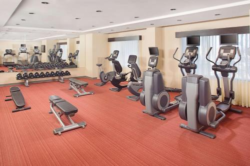 The fitness centre and/or fitness facilities at Hyatt Place Denver Cherry Creek