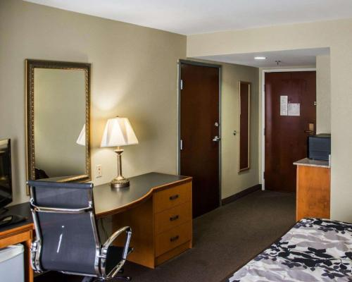A television and/or entertainment center at Sleep Inn & Suites Pineville