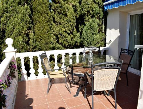 En balkong eller terrass på Villa Maxine