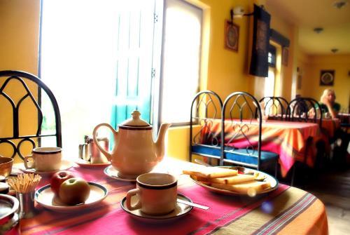 Un restaurante o sitio para comer en Planet Bhaktapur Hotel