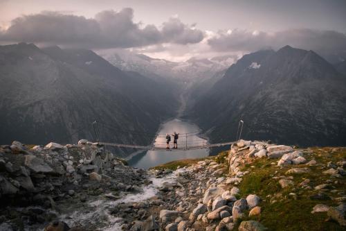 ZILLERTALERHOF Alpine Hideaway - 4 Sterne Superior during the winter