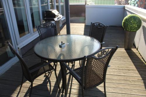 A balcony or terrace at Atica Penthouse