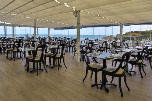 Ресторан / где поесть в Carvi Beach Hotel