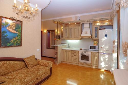 Кухня или мини-кухня в Отель Камелот