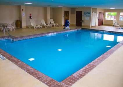 The swimming pool at or near Hampton Inn and Suites Amarillo West