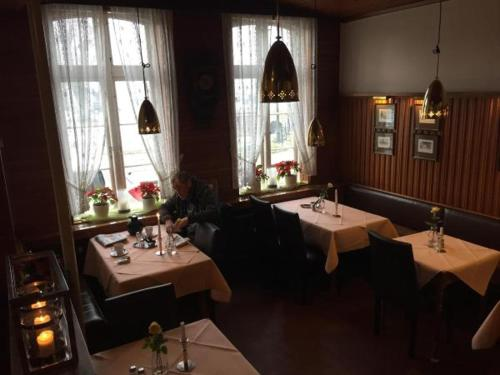 A restaurant or other place to eat at Hotel Klein Amsterdam