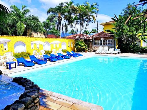 The swimming pool at or near Pousada Estrela de Paraty