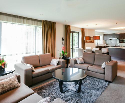 A seating area at Village Lake Apartments