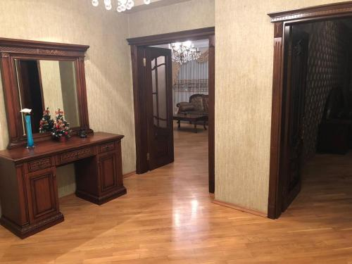 A cozinha ou cozinha compacta de ЦЕНТР БАКУ 2 Спальни