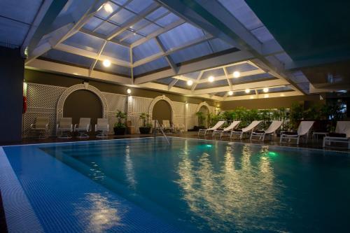 The swimming pool at or close to Casa Andina Premium Miraflores