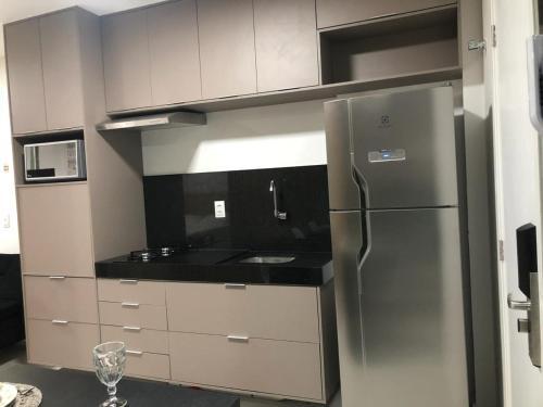 A kitchen or kitchenette at Edificio Time apartamento 1404