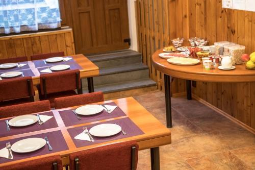 Ресторан / где поесть в Villa Betty