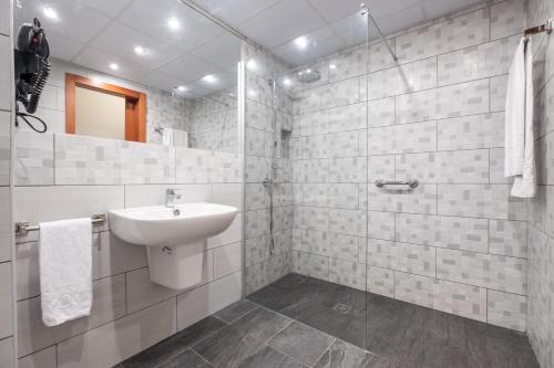 Un baño de Hotel Concorde