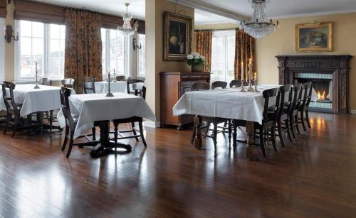 Restauracja lub miejsce do jedzenia w obiekcie Geilo Mountain Lodge
