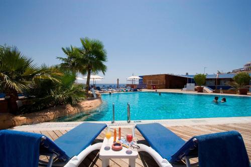 Het zwembad bij of vlak bij Lido Sharm Hotel Naama Bay