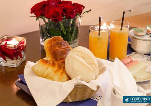 As opções de pequeno-almoço disponíveis para os hóspedes de Motel Portofino