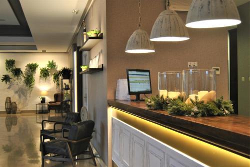 The lobby or reception area at Santiago León