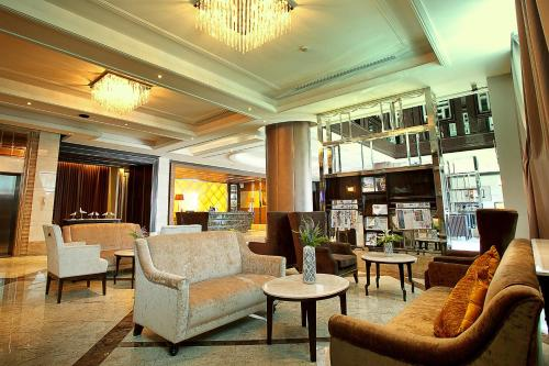 The lounge or bar area at Intimate Hotel Pattaya