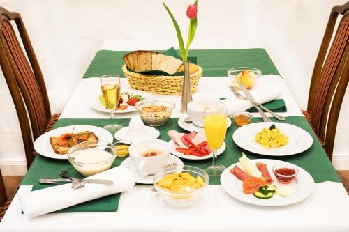 Breakfast options available to guests at Hotel Restaurant Waldlust