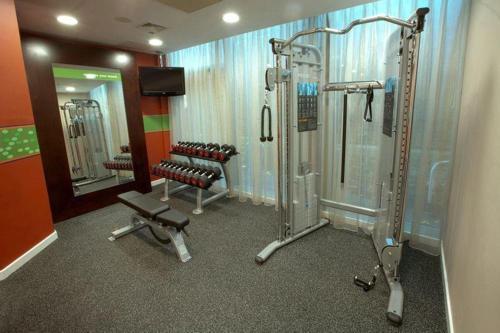 Фитнес-центр и/или тренажеры в Hampton by Hilton York