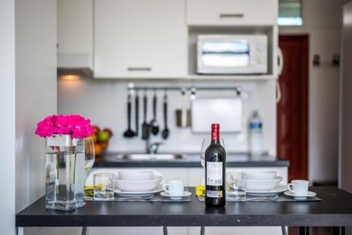 A kitchen or kitchenette at Apartamentos Estudio Nuevo en Puerto de la Cruz