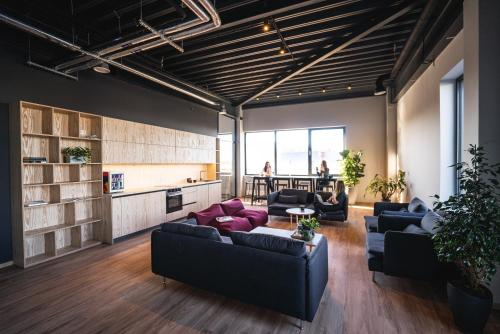 A seating area at Light House Coliving