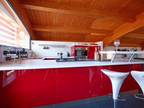 A kitchen or kitchenette at Le Dimore Di Ponte Selce