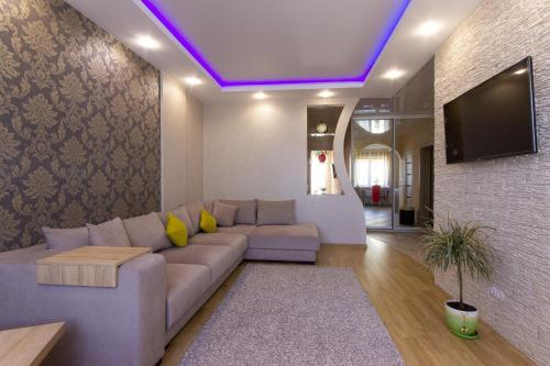 Apartment on Repina 4 LUX