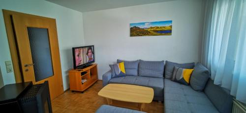 A seating area at Apartments Bergblick